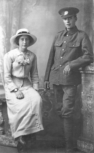 Arthur and Evelyn Dickens on their wedding day 6 October 1916